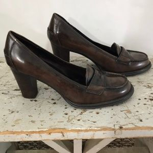 Daisy Fuentes Brown Professional Loafer Pumps 7.5